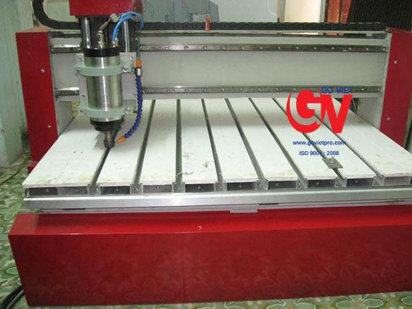 Dịch vụ gia công cắt gỗ CNC theo yêu cầu tại Công ty Gỗ Việt